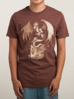THE MYSTERIOUS GAME OF THE THRONE T-Shirt