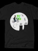 PEACE AND LOVE T-Shirt